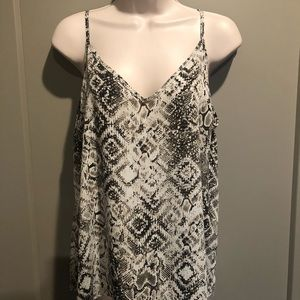 Evereve Allison Joy Snakeskin Cami